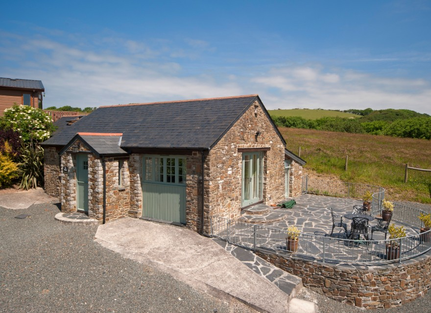 The Stables Holiday Cottage with pool in Bude, North Cornwall