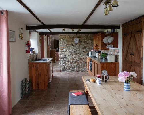Rose Cottage four poster bedroom - holiday cottage with heated pool in Bude, Cornwall