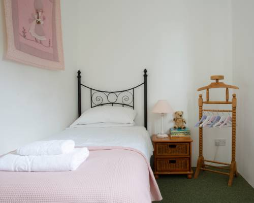 Rose Cottage bedroom - holiday cottage with heated pool in Bude, Cornwall
