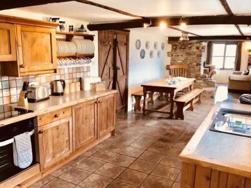 Rose Cottage - self-catering holiday cottage Bude