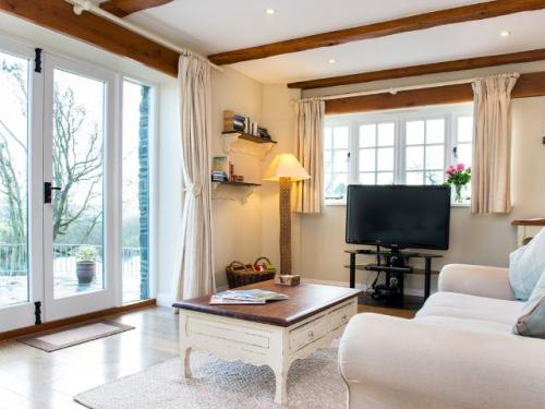 The Stables - self-catering holiday cottage with pool Bude, Cornwall